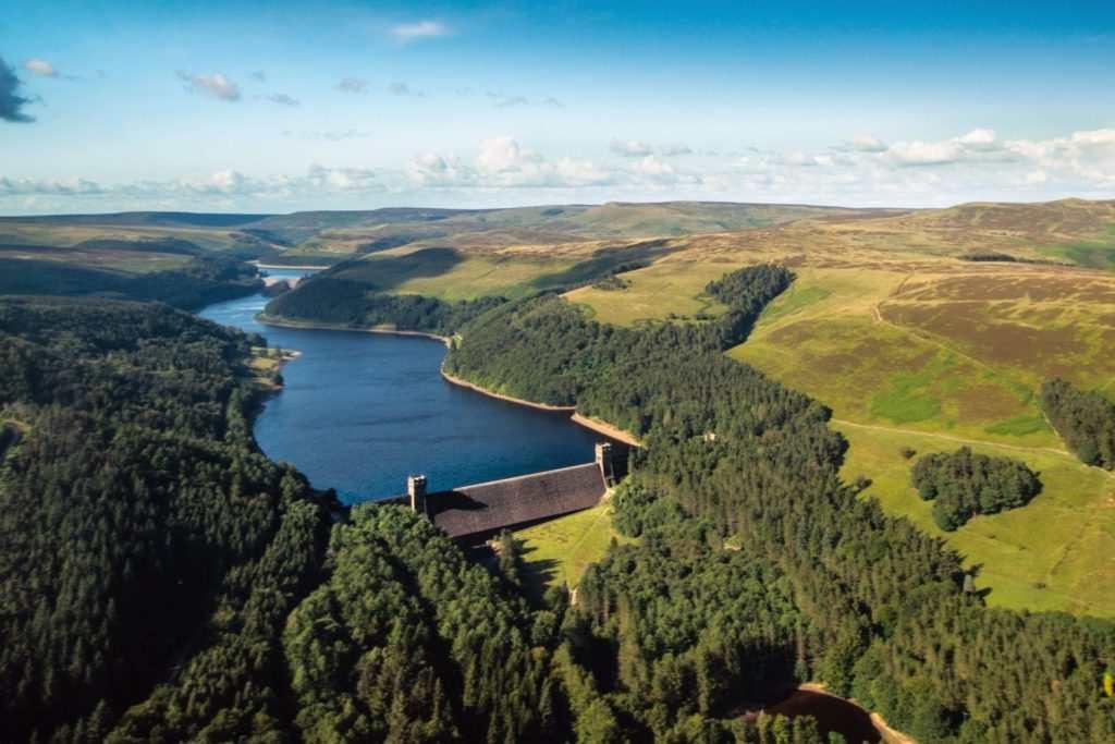 Beautiful Ladybower Reservoir and the Upper Derwent Valley : Derwent Reservoir