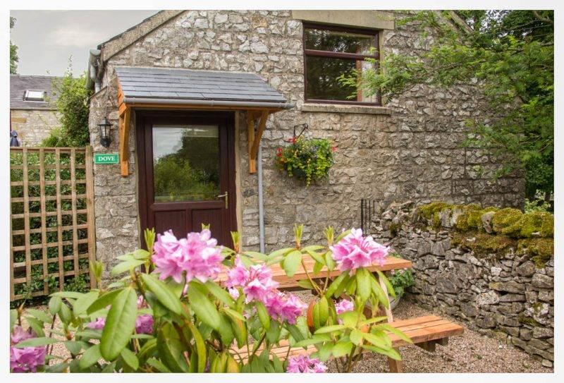 Bolehill Farm Holiday Cottages 6