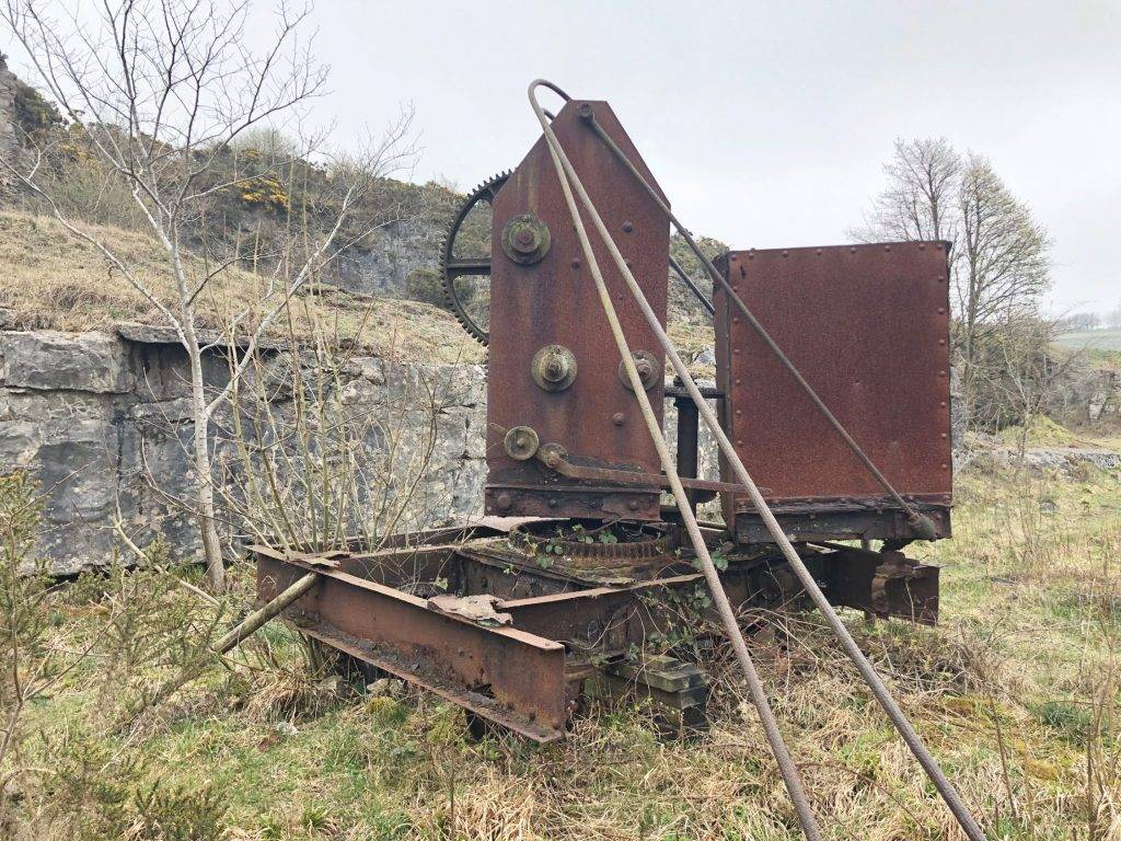 Old crane on Minninglow Walk via High Peak Trail