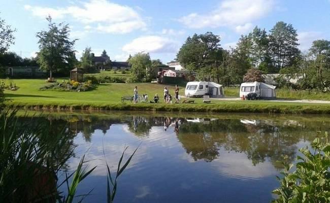 Best Peak District campsites : Blackbrook Lodge