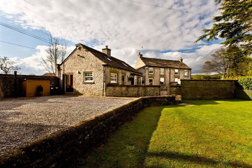 Thornbridge Lodge 1