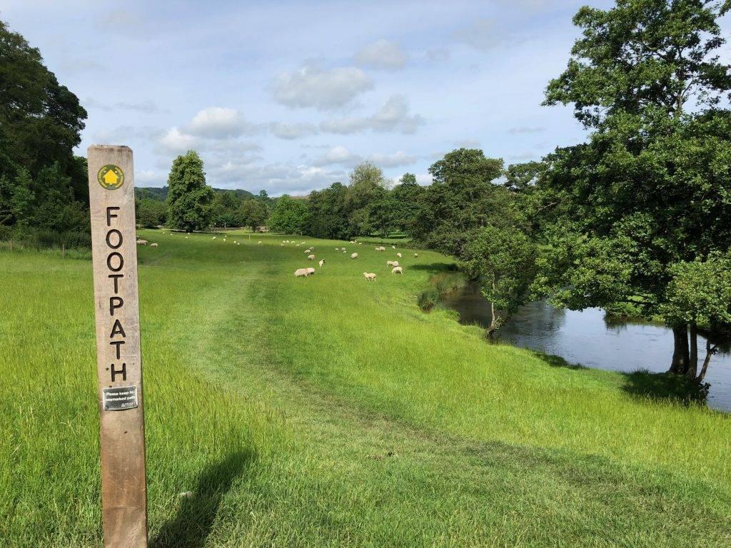 Bakewell via Ashford-in-the-Water (6 miles) 3