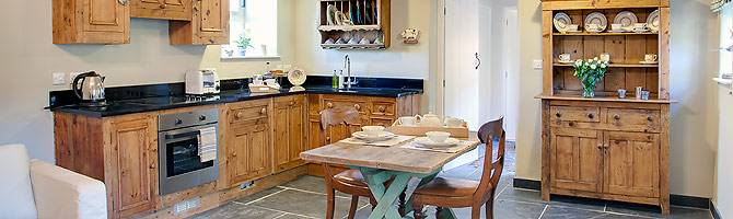 Beautiful Peak District accommodation : Dale End House