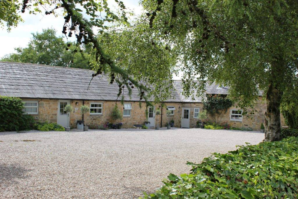 Perfect Peak District Holiday Accommodation : Stainsborough Hall Holiday Cottages