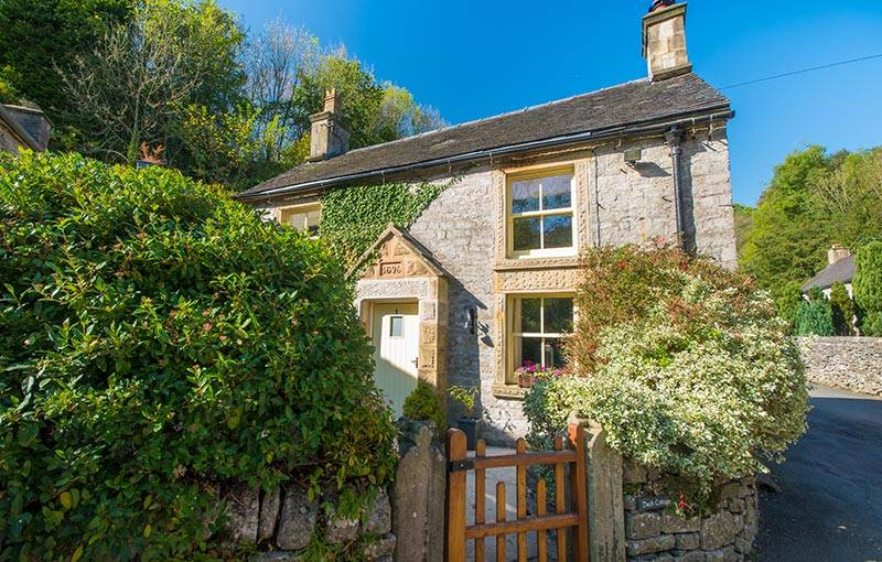 Beautiful Peak District Holiday Cottages : Duck Cottage Milldale