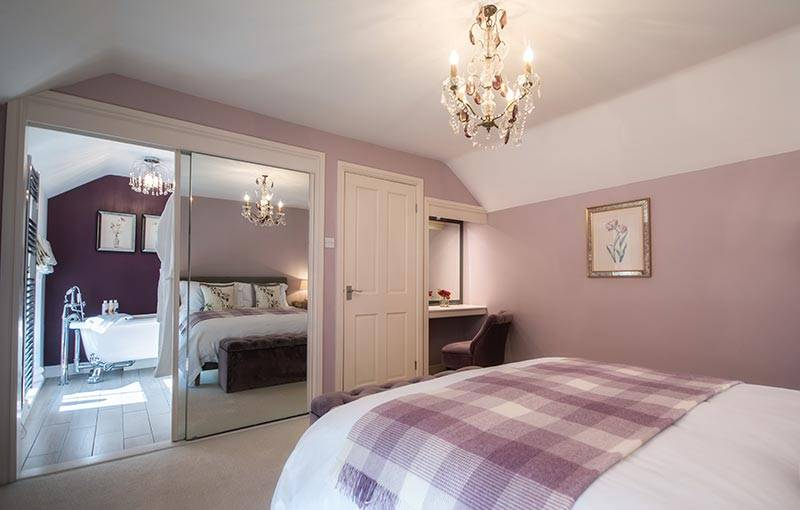 Beautiful Peak District Holiday Cottages : Duck Cottage, Milldale