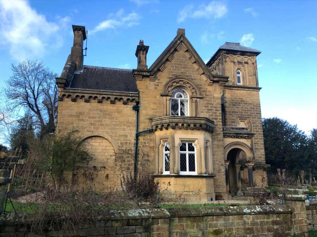 Chatsworth and Edensor Walk (3.8 miles) 2