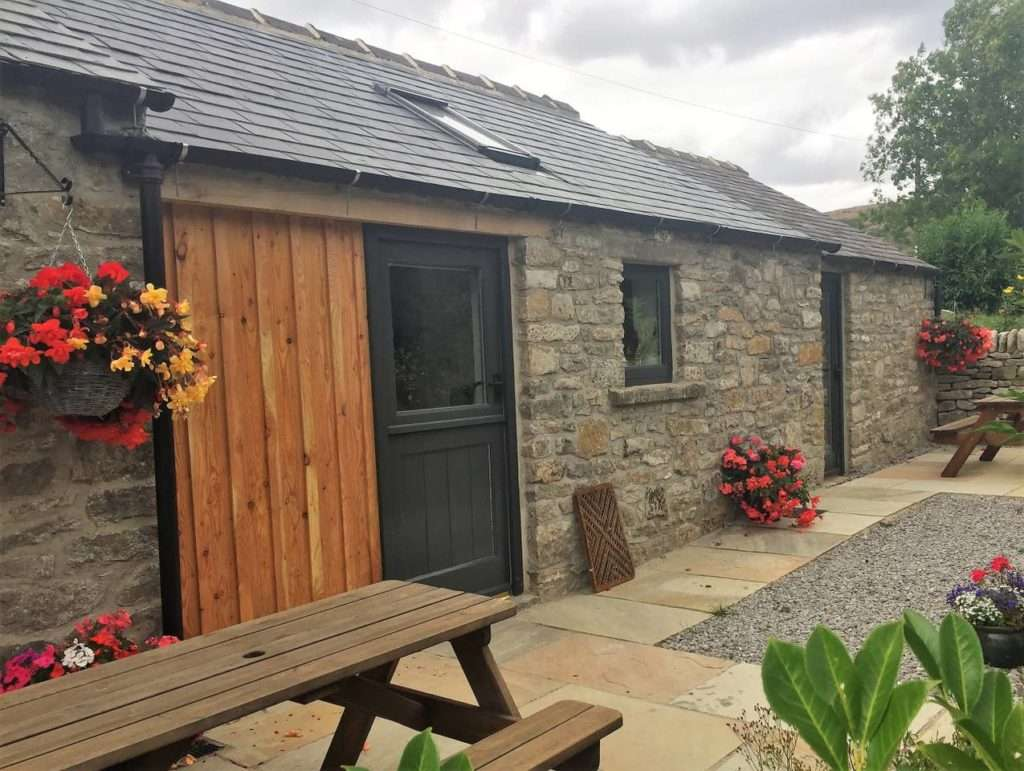 Peak District Cottages : Speedwell House Holiday Cottages in Castleton