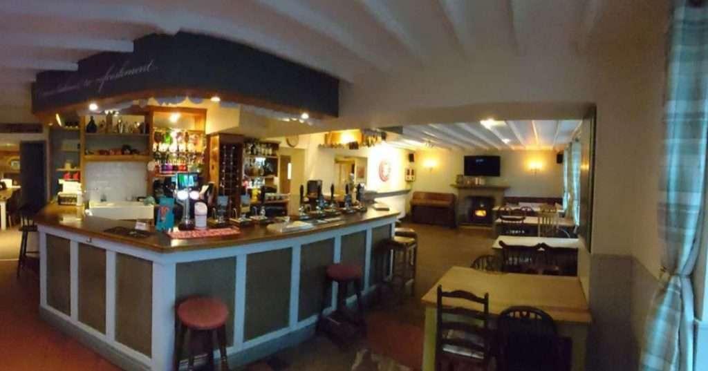 Best Peak District Pubs : Greyhound Inn Warslow