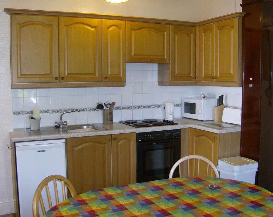 Priory Lea Apt1 Kitchen