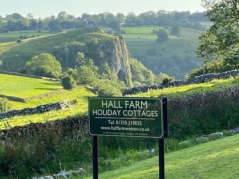 Peak District Cottages : Hall Farm Holiday Cottages, Wetton
