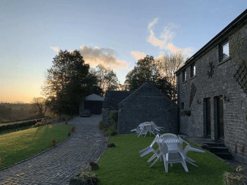 Thor's Cottage : Hall Farm Holiday Cottages, Wetton