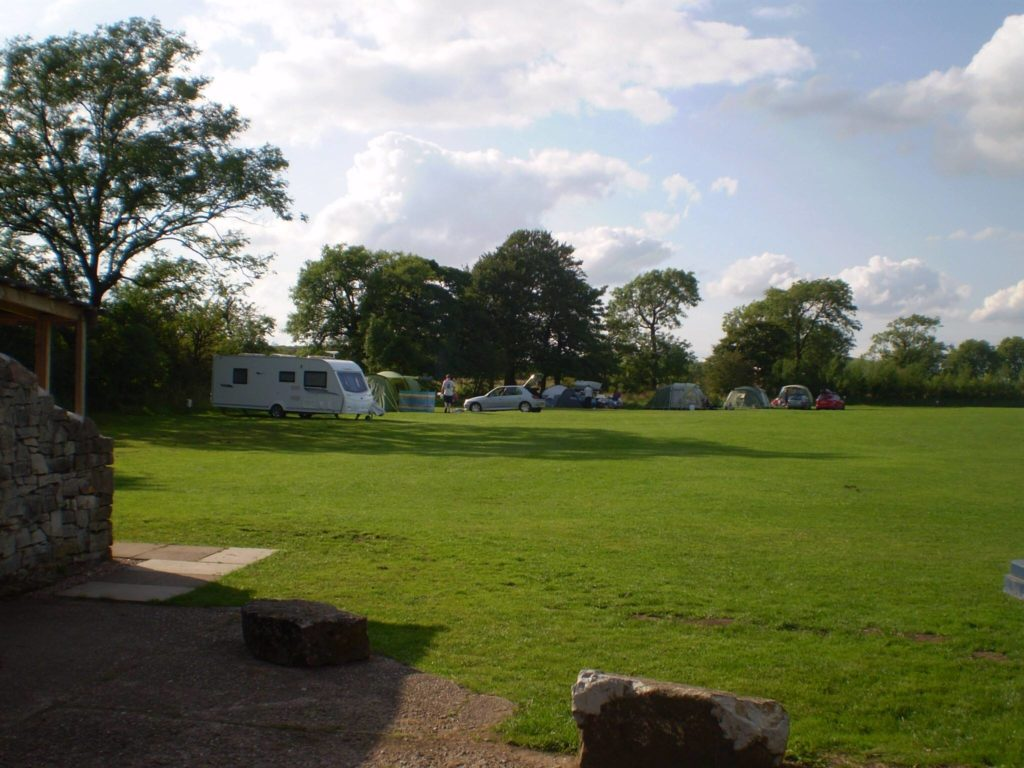 Great Camping in Peak District : Common End Farm Campsite