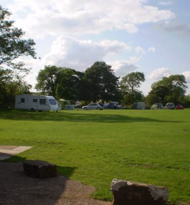 Caravan Sites, Glamping & Camping in the Peak District 1