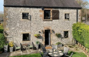 The Top 100 Most Beautiful Peak District Holiday Cottages 12