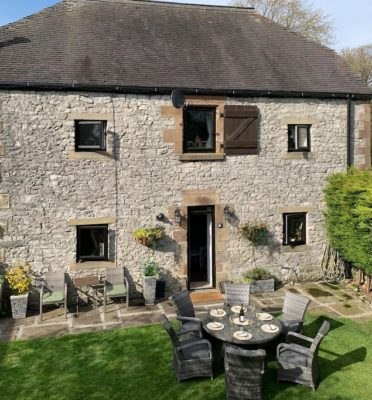 The Top 100 Most Beautiful Peak District Holiday Cottages 11