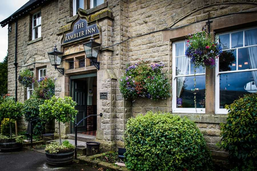 Best Peak District Pubs : The Rambler Inn, Edale