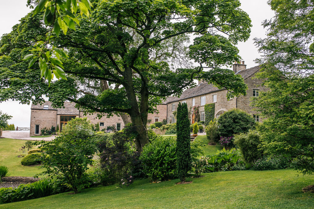 Perfect Peak District holiday accommodation : Harrop Group Cottages